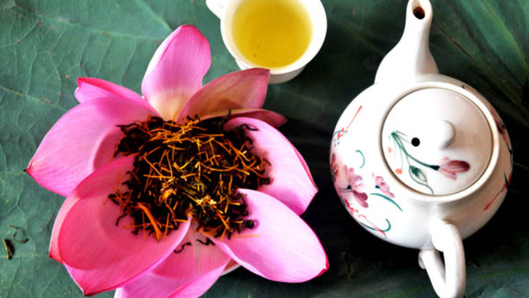 Tea Review: Vietnamese Lotus Tea